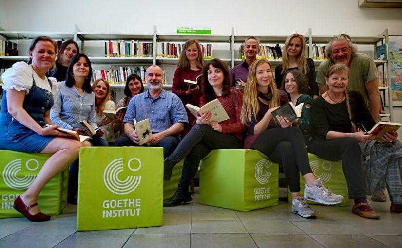 Gruppe von Menschen, Goethe Institut